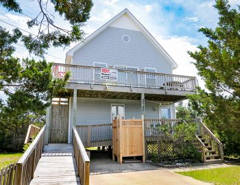 AK128 Blue Surf Bungalow