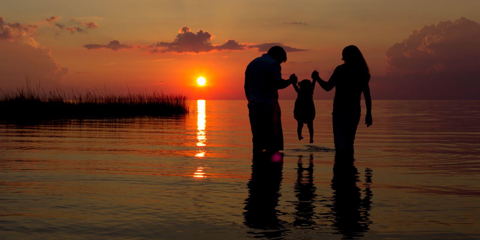 Resultado de imagen de badajoz puesta de sol