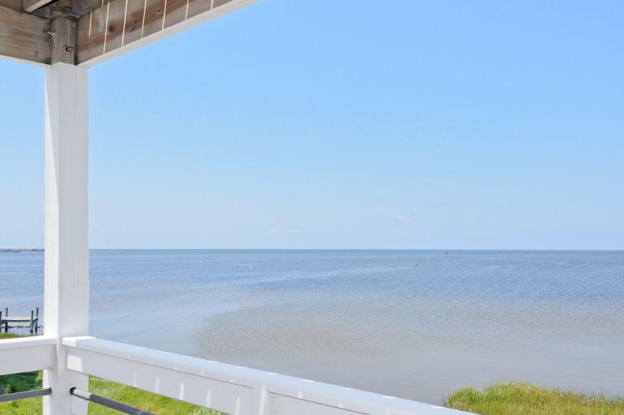 HB03A A Sandy Bay Seaclusion